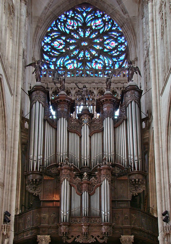 Great Organ of Saint Ouen Abbey Church © Tango7174 [CC BY-SA 4.0-3.0-2.5-2.0-1.0] from Wikimedia Commons