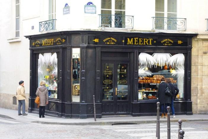 Boulangerie-pâtisserie in the Marais, Paris © French Moments