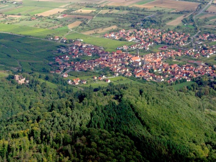 The village of Kintzheim from above © French Moments