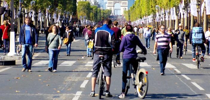 Paris Sans Voiture September 2015 - Champs-Élysées 03 © French Moments