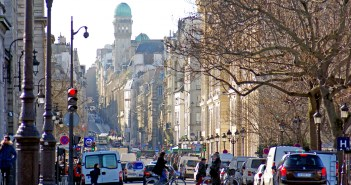 Rue Saint-Jacques Paris © French Moments