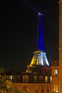 Eiffel Tower Blue White Red 17 © French Moments