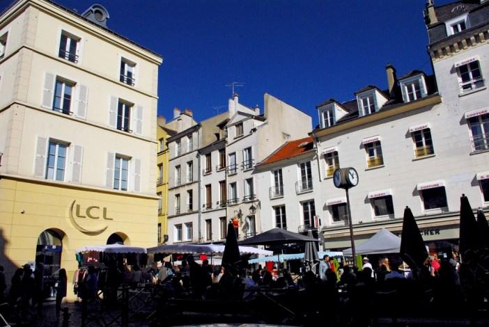 Rue du Vieux-Marché, Saint-Germain-en-Laye © French Moments