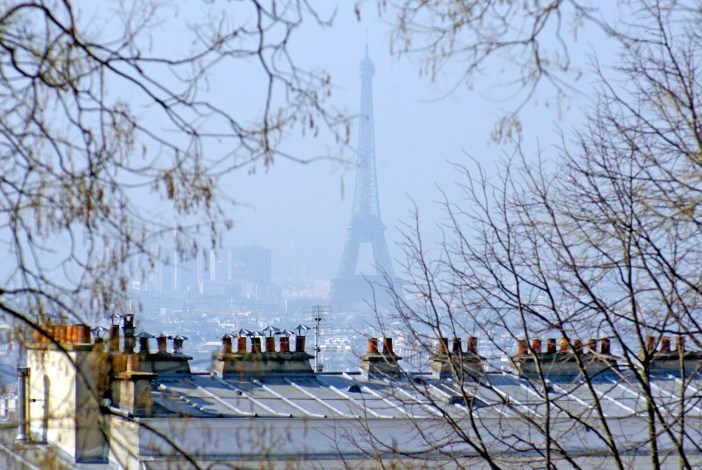 The Eiffel Tower seen from afar on aSunny day in Montmartre © French Moments