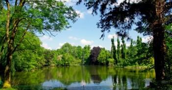 The big pond of the Parc de Boulogne Edmond de Rothschild © French Moments