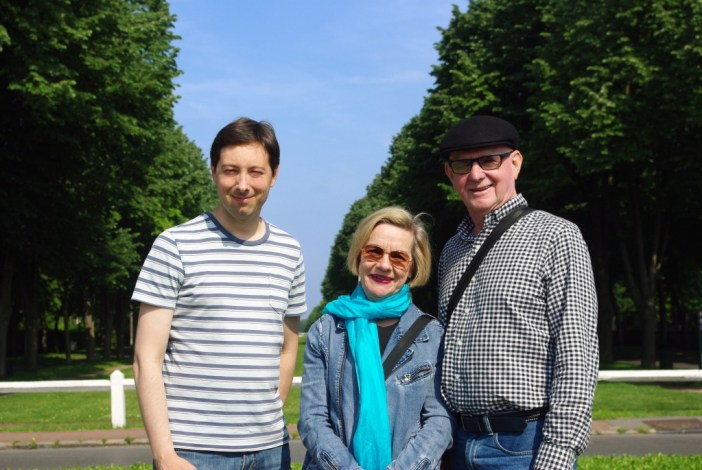 Pierre with Felicity and Denis from Sydney at Maisons-Laffitte © French Moments