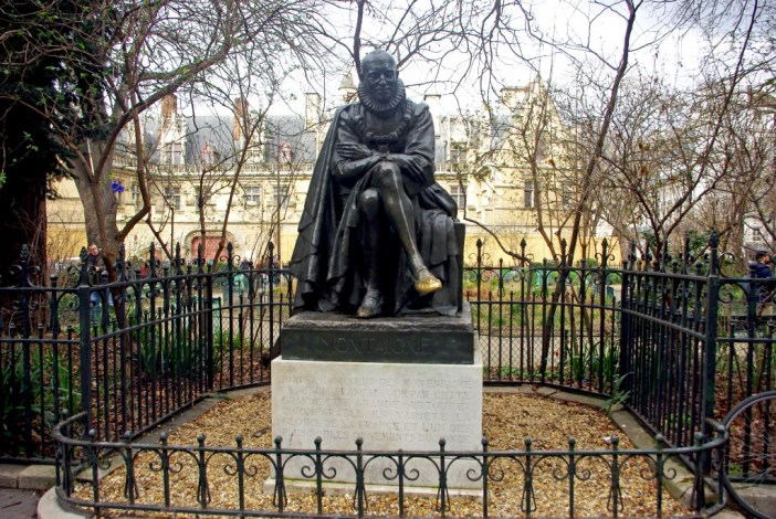 Statue of Montaigne