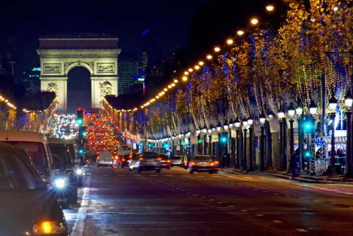Champs-Élysées Paris by night