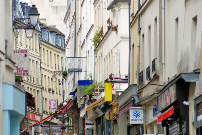 Rue Mouffetard, Fifth arrondissement of Paris © French Moments