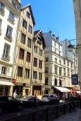 Rue François Miron, Paris © French Moments