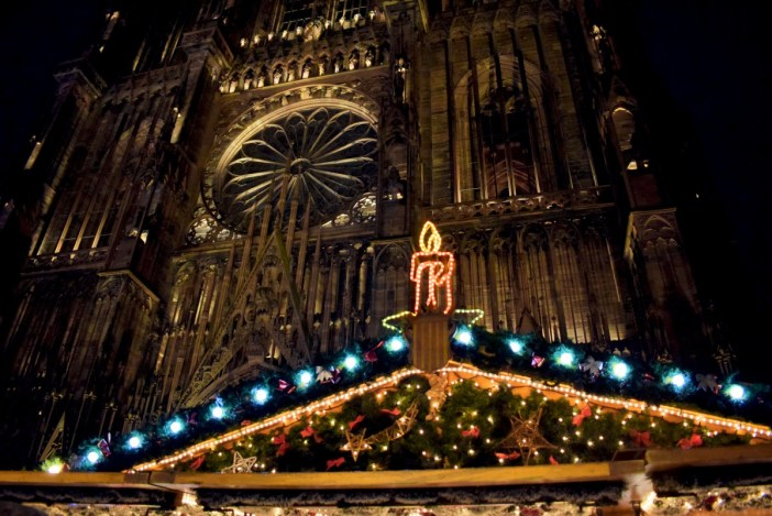 Christmas carols in France, Strasbourg © French Moments