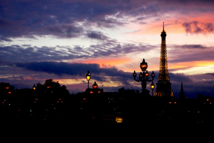 Sous le ciel de Paris - Pont Alexandre III © French Moments