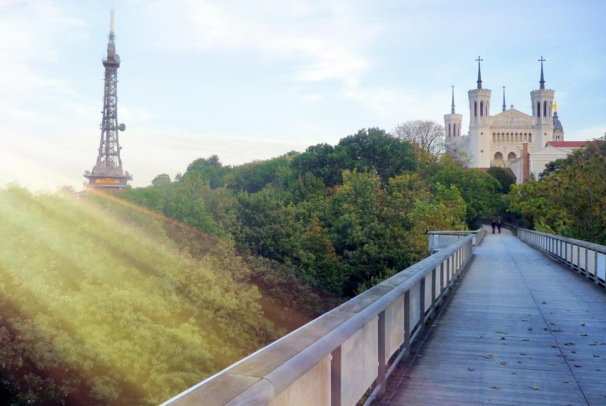 Jardin Ouvrier Le Havre explore the emblematic hill of fourvière in lyon - french