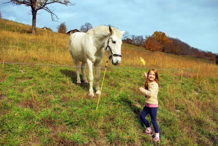 Photos of rural France: Aimée and her new friend! © French Moments