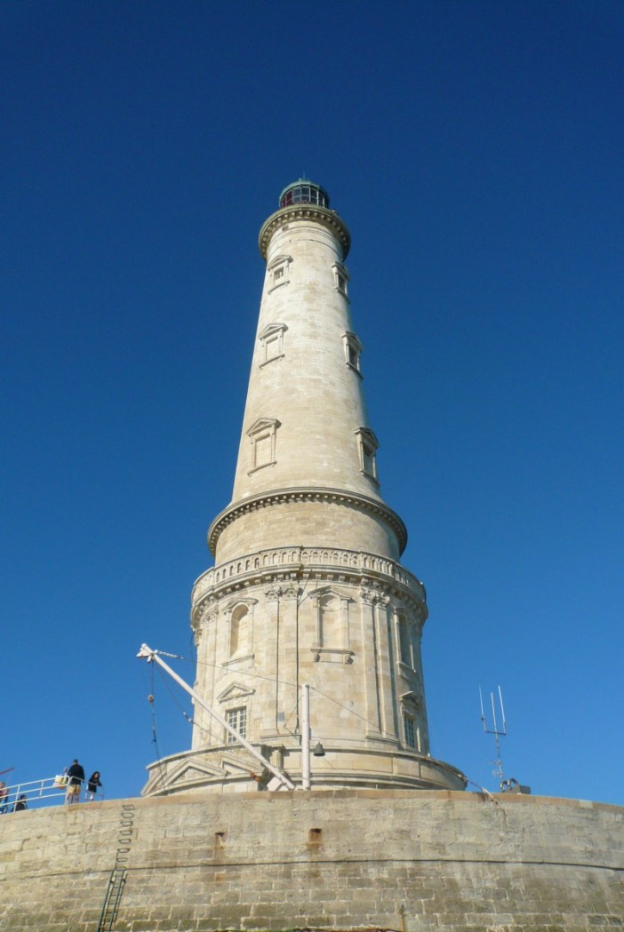 Phare de Cordouan © Yann Gwilhoù - licence [CC BY-SA 3.0] from Wikimedia Commons