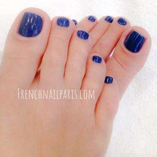 Pose résine pieds avec vernis permanent
