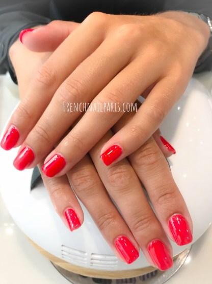 Envie d'une mise en beauté des mains parfaite ou la pose de vernis permanent, à vous de choisir le soin qui vous fait plaisir ?