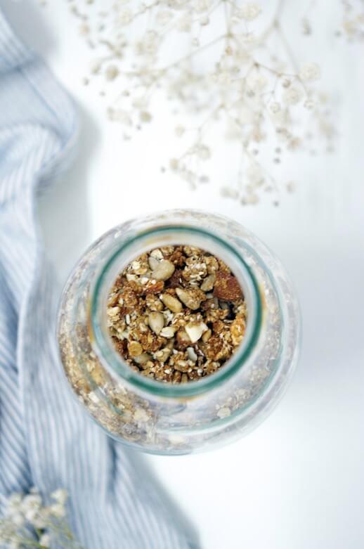 recette de délicieux granola maison_bouteille