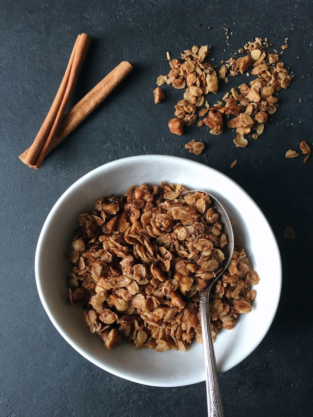 Roasted Walnut Maple Granola: A deeply flavorful and crunchy breakfast granola made from roasted walnut oil, maple syrup and lots of cinnamon. Vegan and Gluten Free.