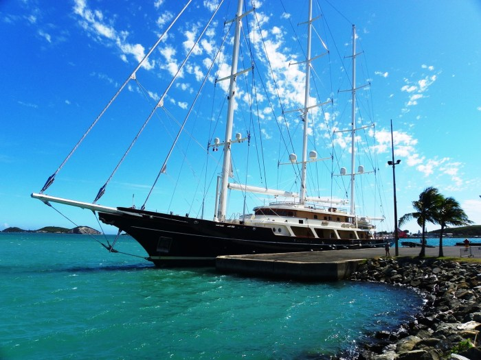 Sailing yacht EOS