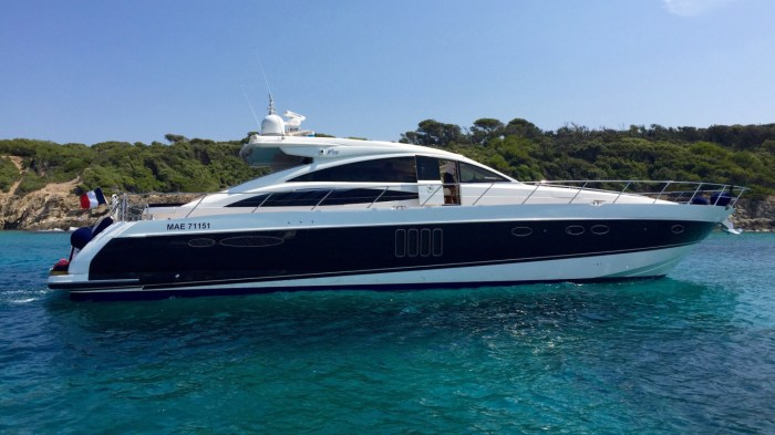 Princess V70 Yacht