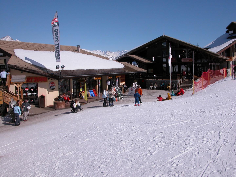 Montalbert Ski School