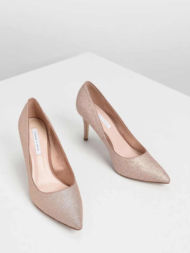 rose gold heels stay in or step out