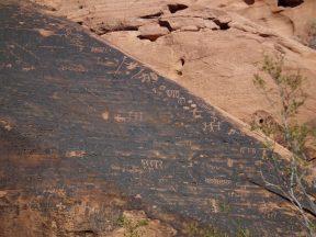 hieroglyphe-vallee-de-feu