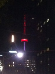 cn-tower-de-nuit