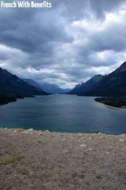 Vue du lac depuis l'extérieur de l'hôtel