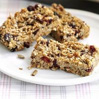 Weekend Baking: Peanut butter, honey and cranberry granola bars.