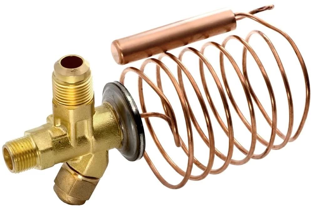 Klick hörs, men enheten fungerar normalt, håller det exponerade temperaturläge, kompressorn är inte uppvärmd, det stängs av i tid och stängs av;