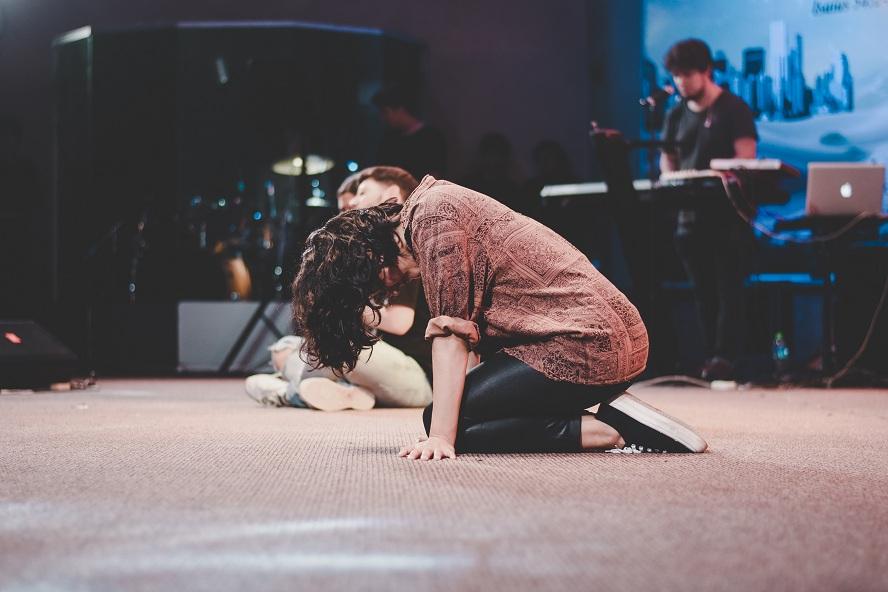 Dieu ne t'abandonne pas, Il est ton secours !