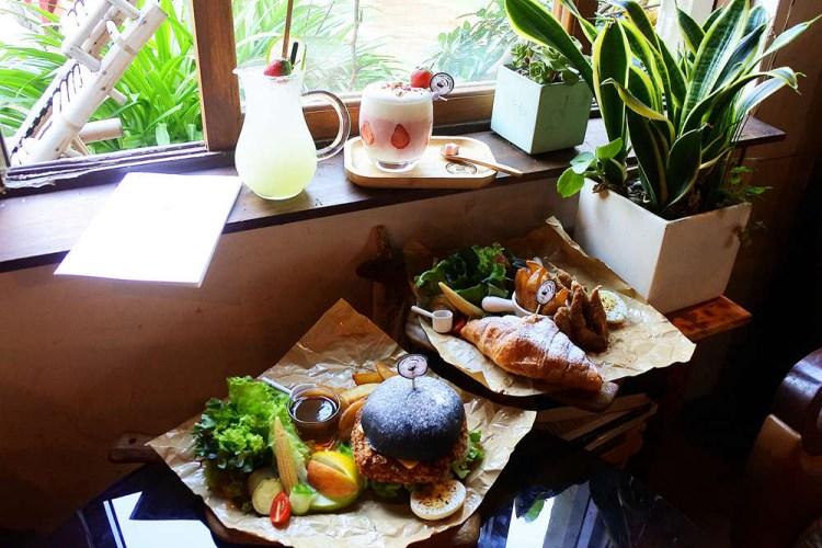 台南早午餐【堤貝街咖啡】老屋庭園風格喝咖啡好愜意.季節限定草莓可頌