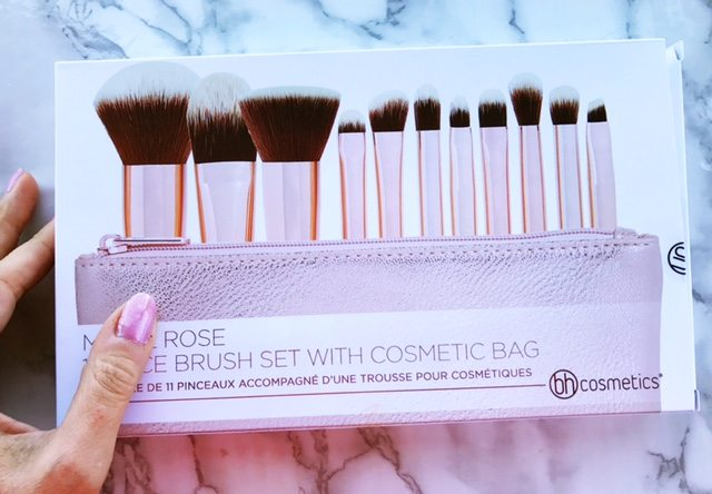 Makeup brushes for the non makeup artist!
