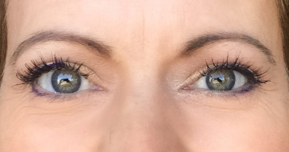 How to apply makeup to mature, hooded eyes.