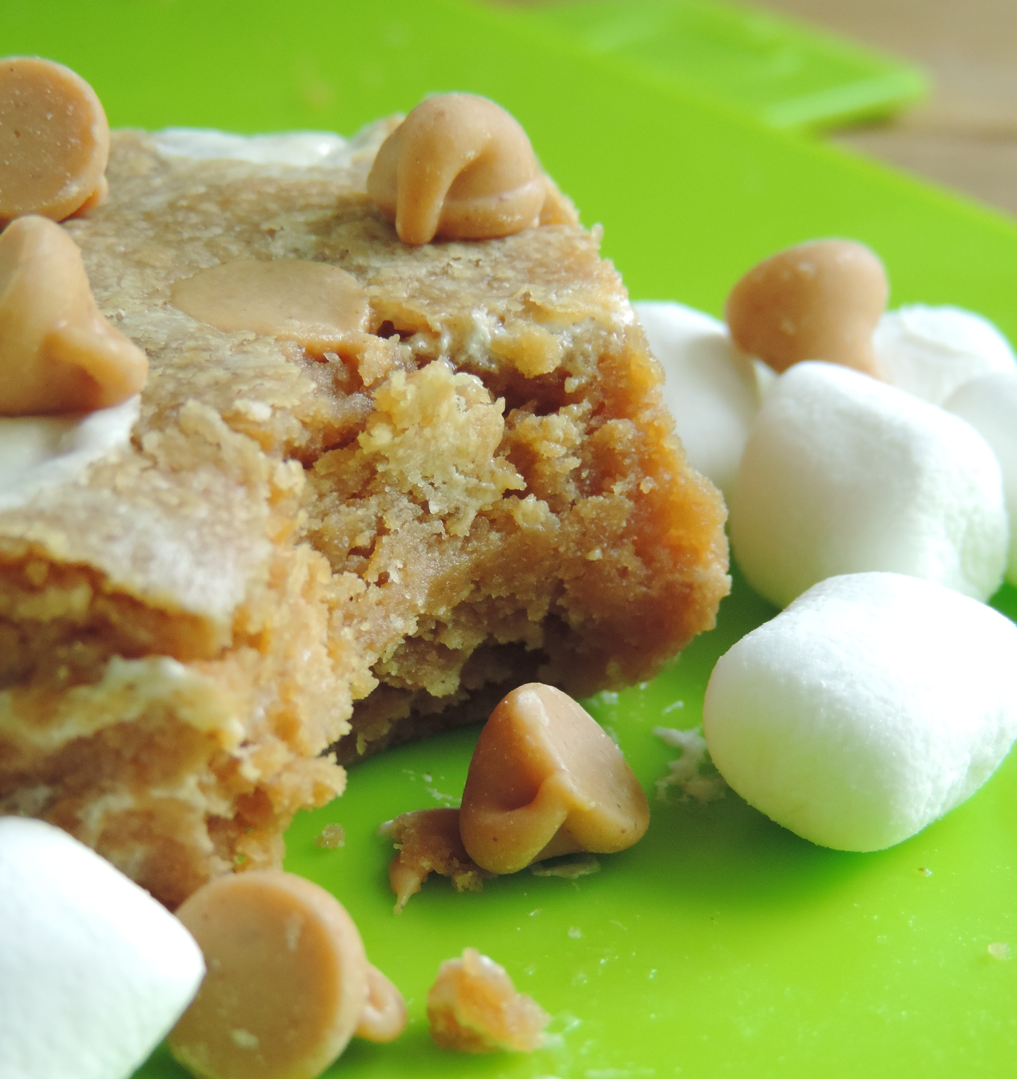 Fluffernutter Bars: creamy peanut butter bars swirled with gooey marshmallow creme.
