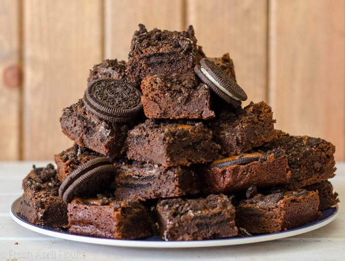 Cookies & Cream Brownies: Rich and fudgy scratch brownies filled with crunchy Oreos.