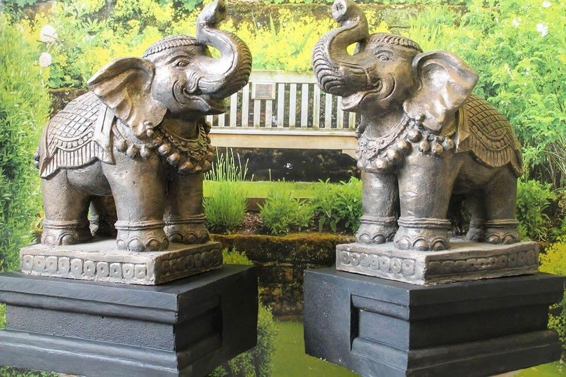Elephant Statues Good Luck Facing Door According to feng shui