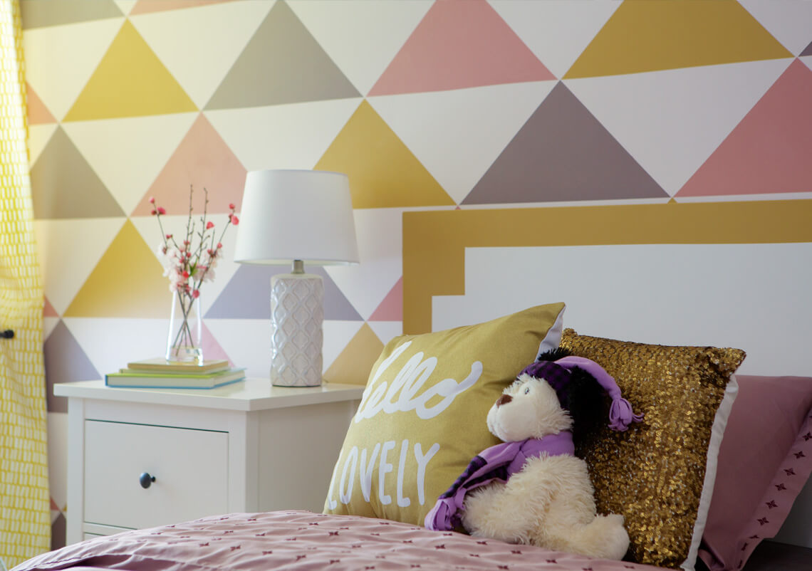 Teenagers Bedroom Wall Paint Design Using Painters Tape
