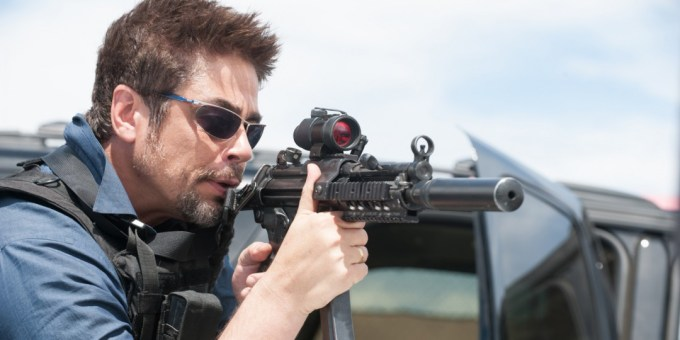 sicario-looks-like-the-best-crime-drama-since-traffic-1107058-TwoByOne