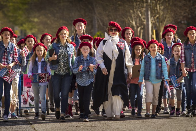 Melissa McCarthy leads a troop in THE BOSS. Courtesy of Universal Pictures.