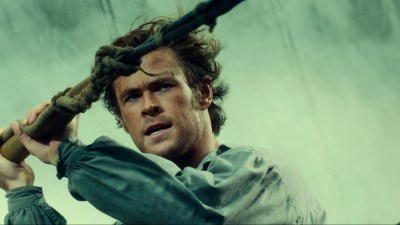 Hemsworth manfully mans in up as a man in IN THE HEART OF THE SEA. Photo courtesy of Warner Bros.