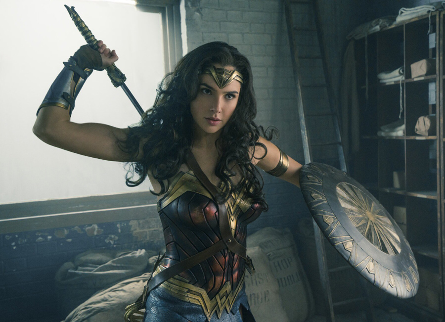 'Wonder Woman' #SDCC trailer is wonderful & wonder-filled