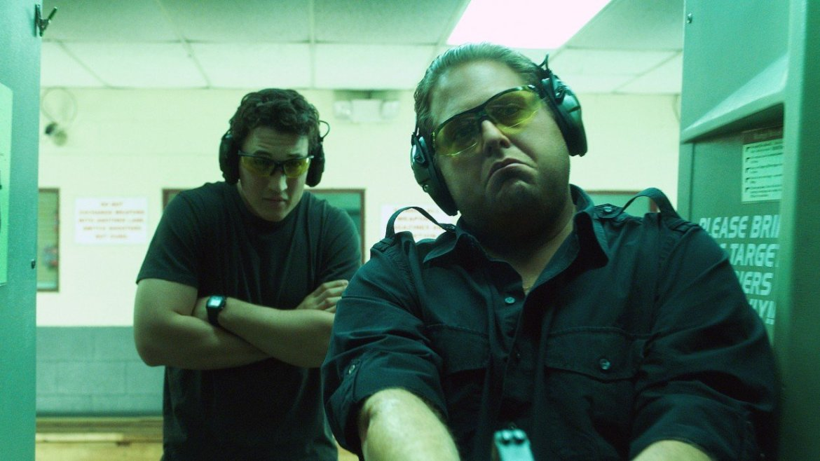 Movie Review: 'WAR DOGS' – Jonah Hill Sizzles, while everything around him fires off blanks