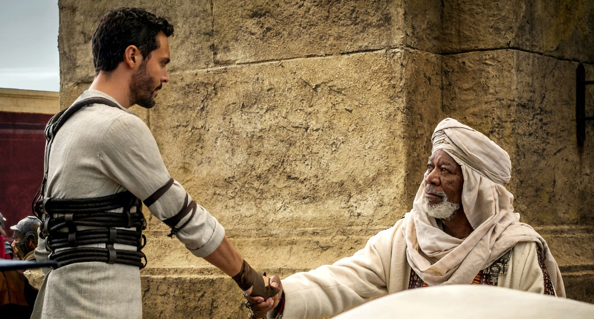 Movie Review: 'BEN-HUR' – a horse of a different color