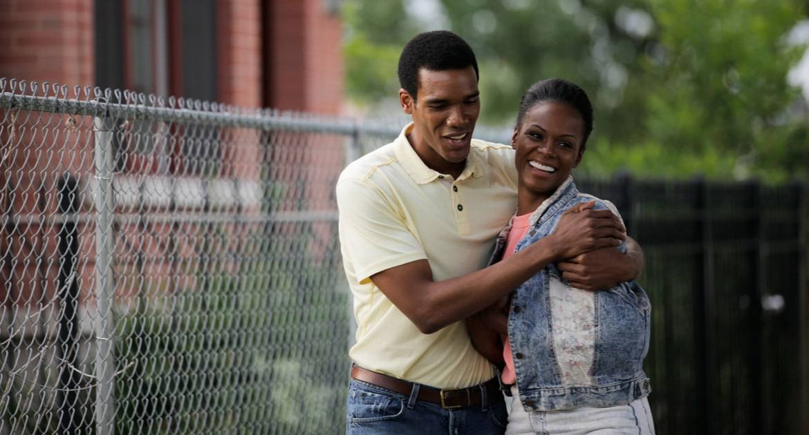'SOUTHSIDE WITH YOU' gives the genial origin story of the Obamas