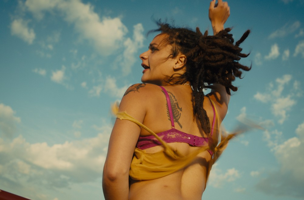 Blu-ray Reviews: 'AMERICAN HONEY', 'THE DRESSMAKER' and Twilight Time's November releases