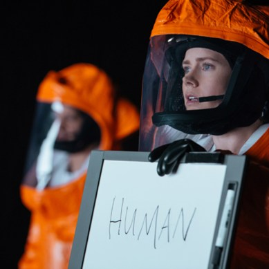Movie Review: 'ARRIVAL' – close encounters of the preferred kind