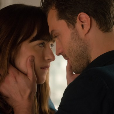 More sexy, swoony, snapchatty stuff in the new extended FIFTY SHADES DARKER trailer